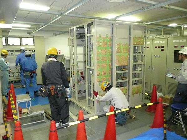 エネルギー基地ページング更新工事